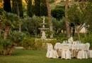 ROMANTIC / ARANJAMENT NUNTA - locatie Cannetto Italy, decorator Toni Malloni, fotograf PhotoChic.ro, setup mese nunta crem cu motive dantela